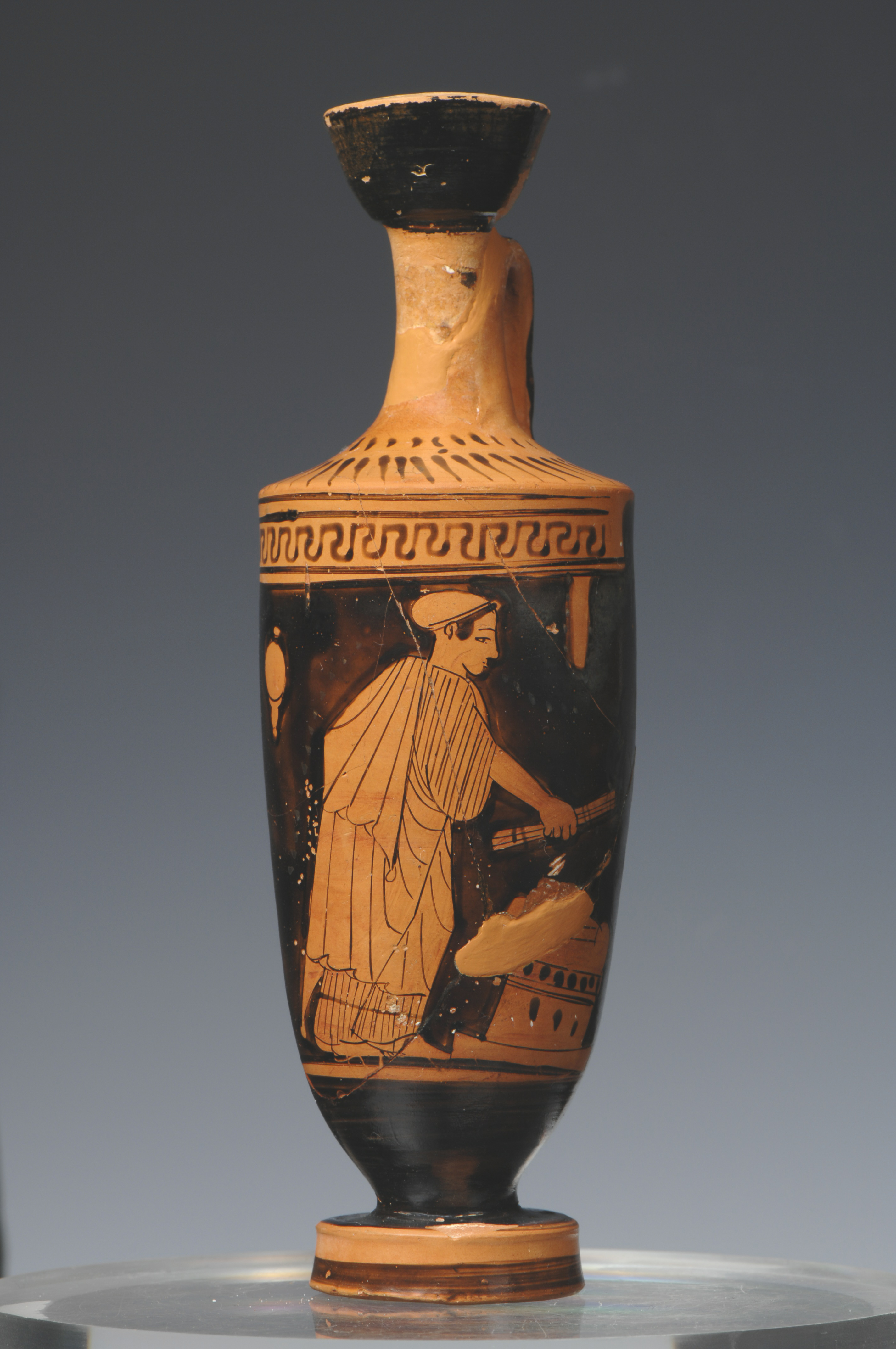 Attic red-figure lekythos National Archaeological Museum Inv. no A1752 From Athens, 470-460 BC.